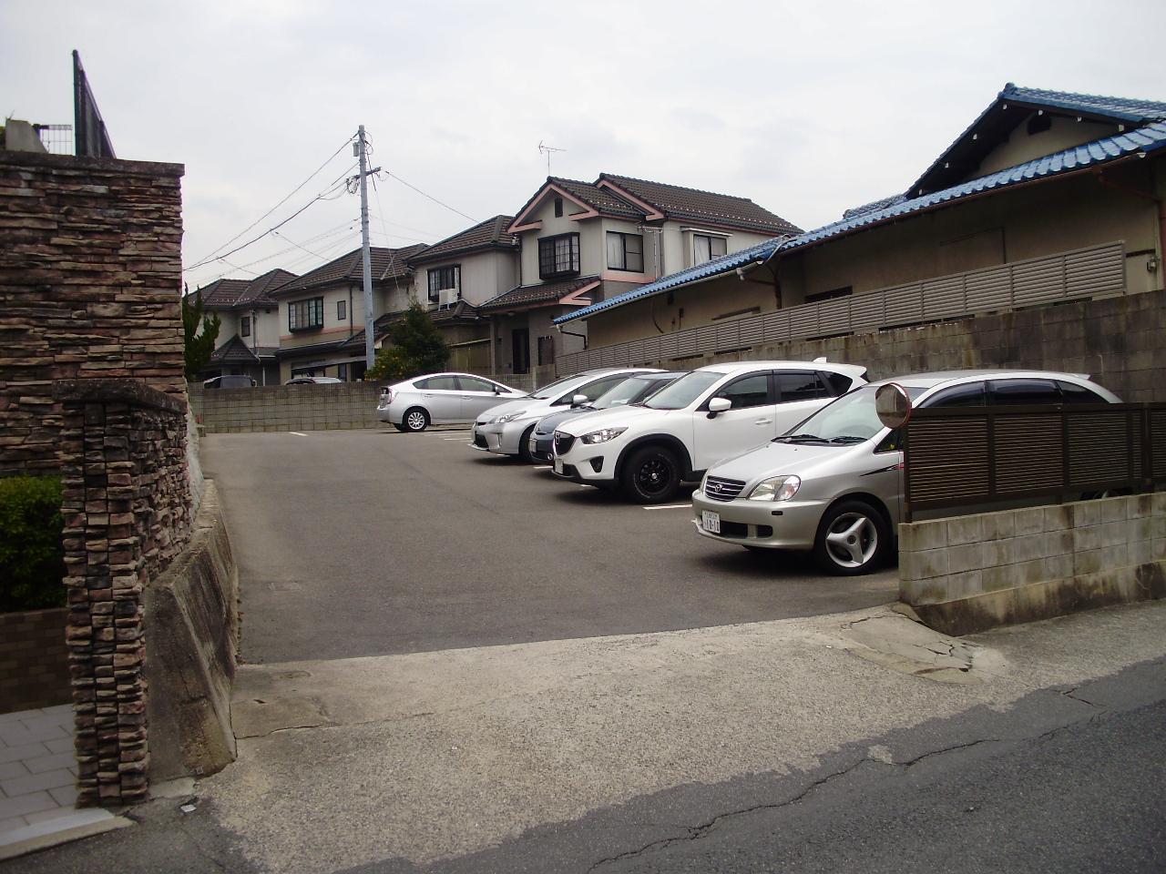 府中青崎駐車場